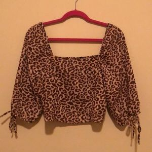 NWT CROPPED COTTON ON LEOPARD BLOUSE